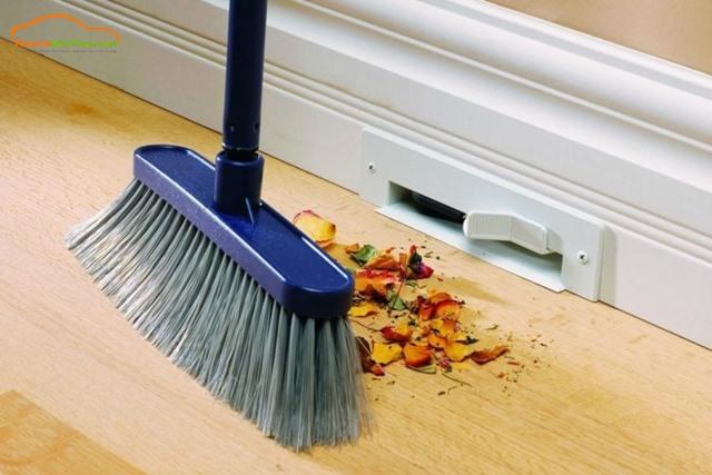 quét nhà là điều kiêng kỵ vào ngày tết